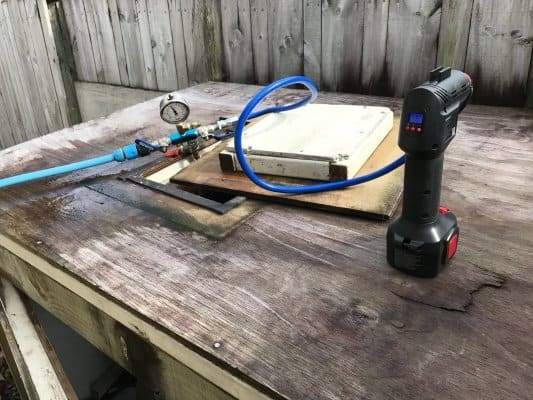 Leak detection Pool pressure test rig
