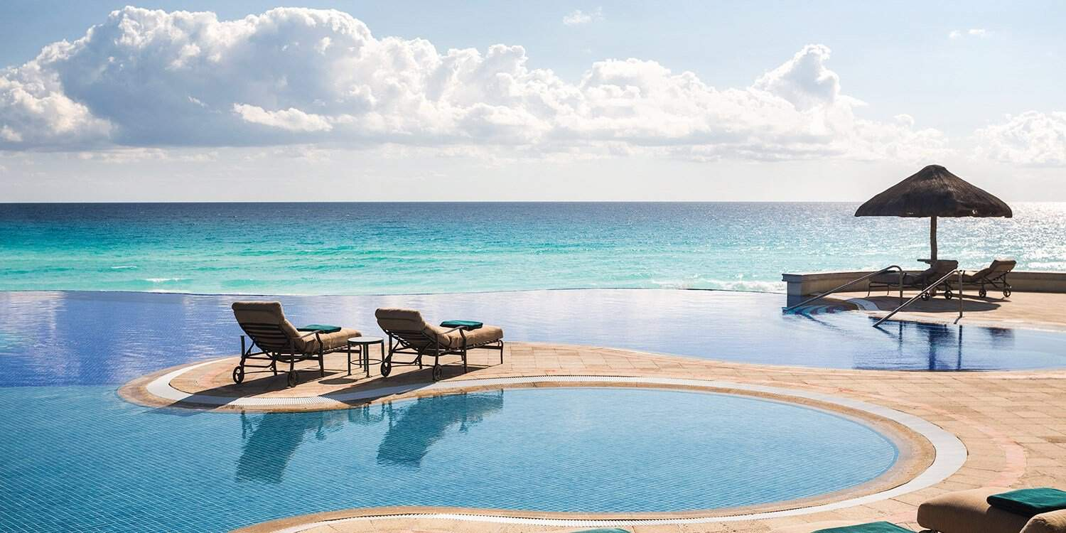 Pool & sea picture